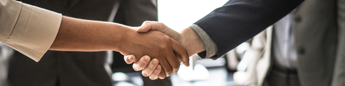 IT customer handshake